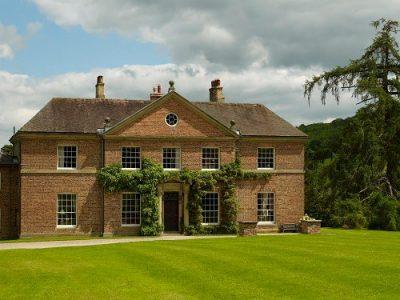 Bryngwyn Hall, Llanfyllin